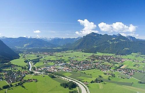Luftaufnahme Achental für Blogbeitrag über Kunde Bioenergie-Region Achental